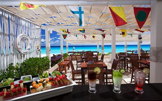 Hotel Live Aqua Beach Resort Cancún, Restaurante Sea Corner