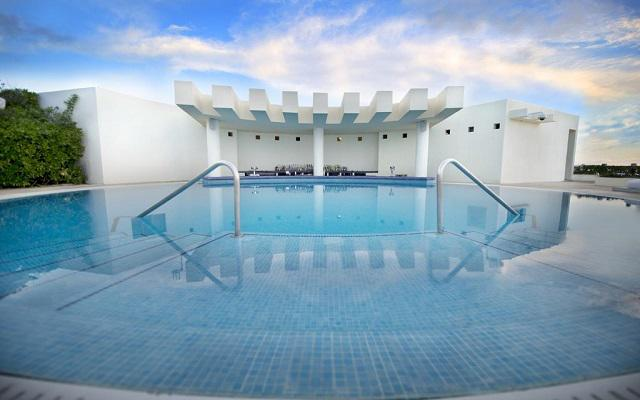 Hotel Live Aqua Beach Resort Cancún, Bar Pool Club
