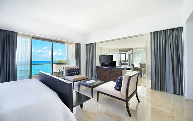 Hotel Live Aqua Beach Resort Cancún, amplias y luminosas habitaciones