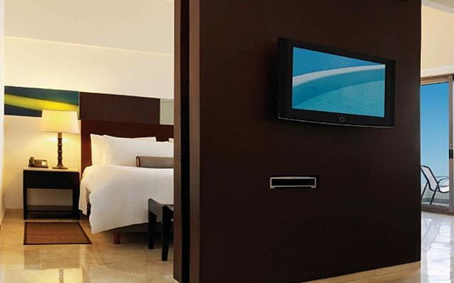 Hotel Live Aqua Beach Resort Cancún, habitaciones con todas las amenidades