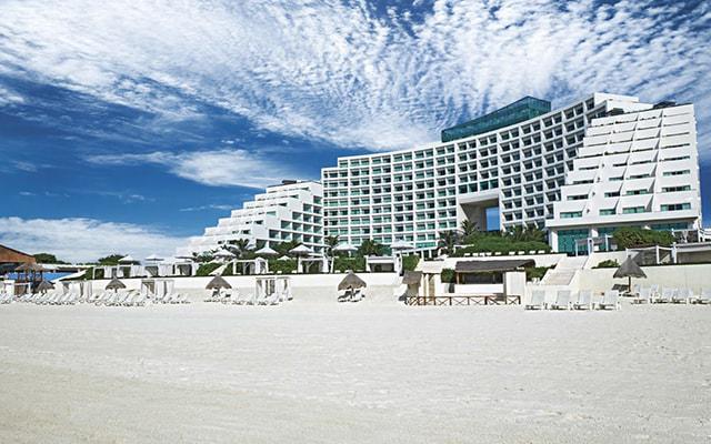 Hotel Live Aqua Beach Resort Cancún, buena ubicación en el corazón de la zona hotelera