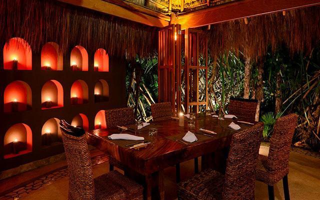 Hotel Live Aqua Beach Resort Cancún, Restaurante Hidden Garden