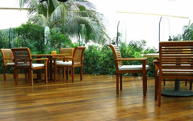 Hotel Live Aqua Beach Resort Cancún, relájate en la terraza