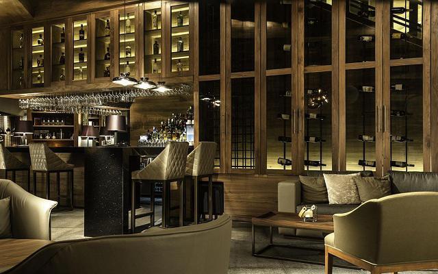 Hotel Live Aqua Urban Resort México, disfruta una copa en el bar