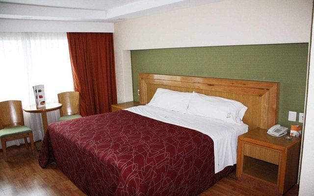 Hotel Lord, habitaciones bien equipadas