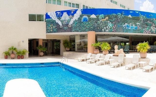 Hotel los aluxes ofertas de hoteles en merida for Hoteles en merida con piscina