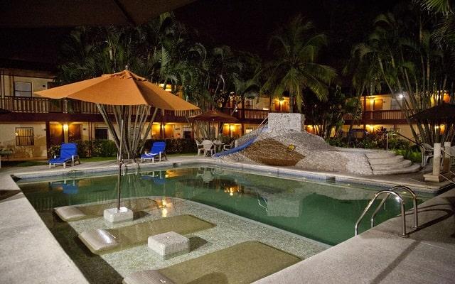 Hotel Los Andes, agradables espacios para relajarte