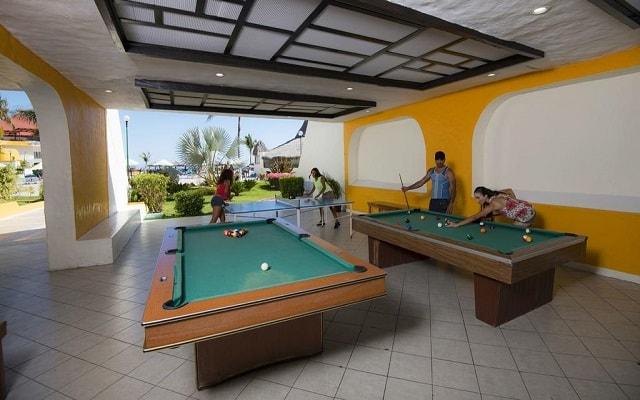 Hotel Los Ángeles Locos, sala de juegos