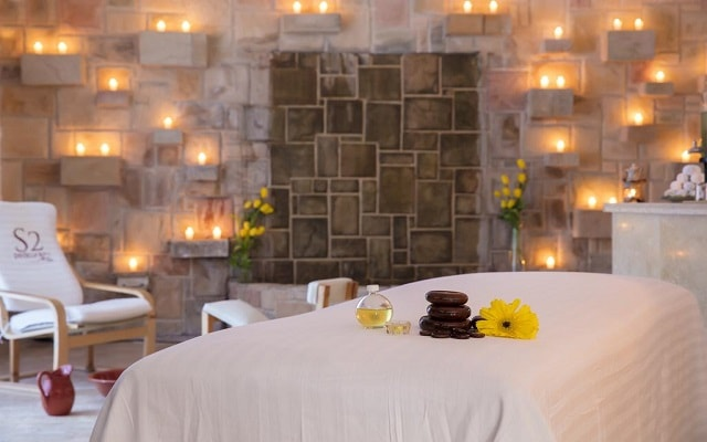 Hotel Los Arcos Suites Vallarta Centro, permite que te consientan en el spa