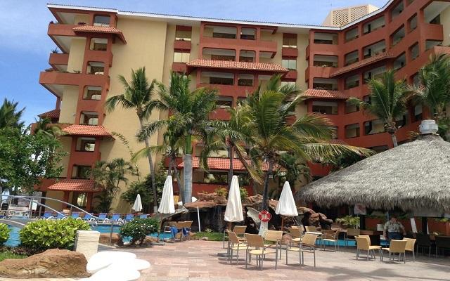 Hotel Luna Palace Mazatlán, relájate con vistas hermosas del océano