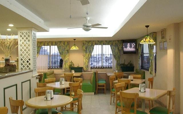 Hotel Mar y Tierra, ricos menús para tus comidas