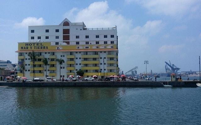 Hotel Mar y Tierra, buena ubicación