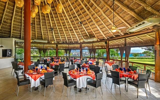 Hotel Marina El Cid Spa and Beach Resort, buena propuesta gastronómica