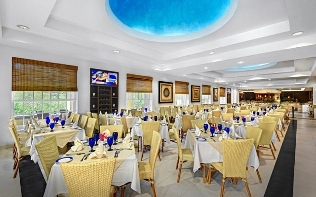 Hotel Marina El Cid Spa and Beach Resort, ricos menús para tus comidas