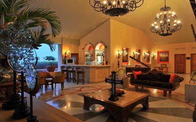Hotel Marina Fiesta Resort and Spa, atención personalizada desde el inicio de tu estancia