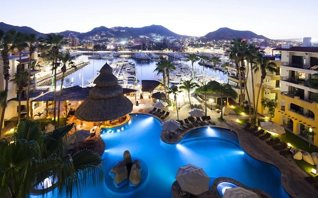 Hotel Marina Fiesta Resort and Spa en Cabo San Lucas