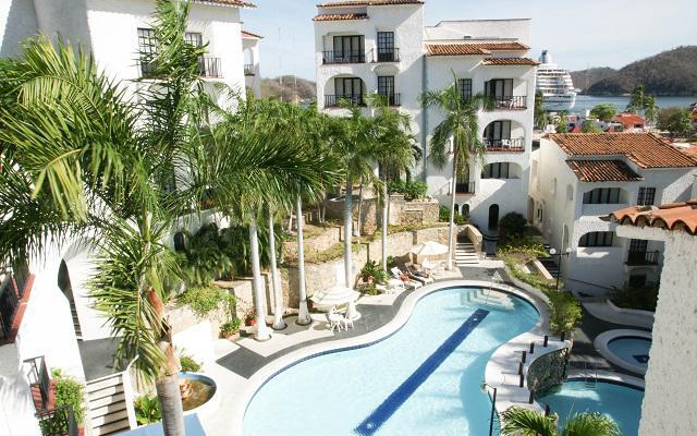Hotel Marina Resort, disfruta su alberca al aire libre