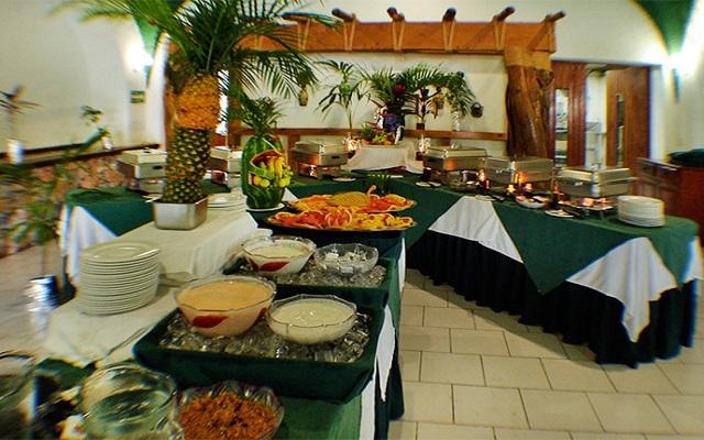 Hotel Marina Resort, disfruta su rico y variado menú de alimentos