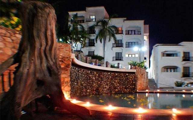 Hotel Marina Resort, hermosa vista nocturna