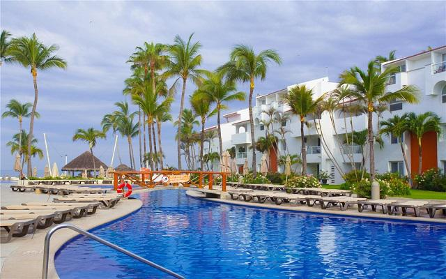 Hotel Marival Emotions Resort & Suites All Inclusive, refréscate en la alberca
