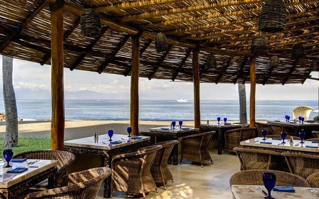 Hotel Marriott Puerto Vallarta Resort & Spa, ricos y variados menús en sus restaurantes