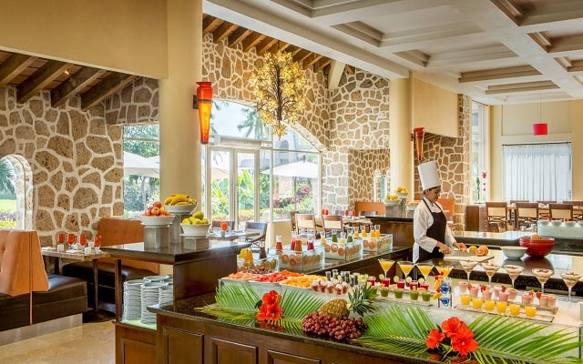 Hotel Marriott Puerto Vallarta Resort & Spa, gastronomía de calidad
