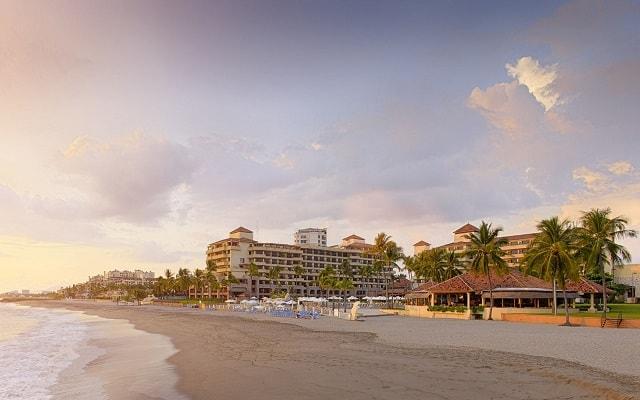Hotel Marriott Puerto Vallarta Resort & Spa, buena ubicación a pie de playa