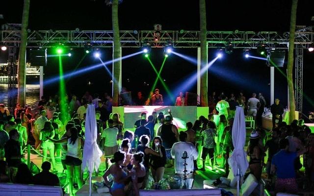 Hotel ME Cabo, eventos con DJ´s en vivo