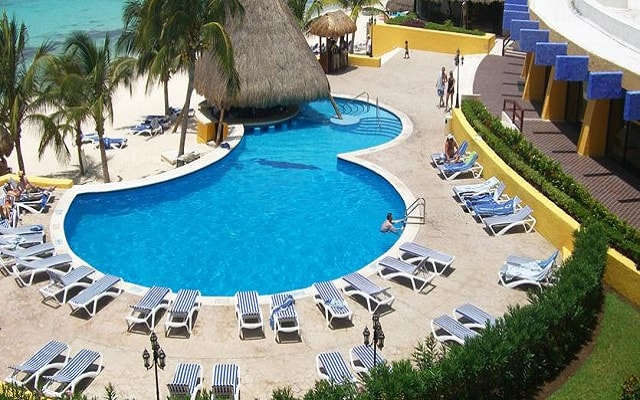Hotel Meliá Cozumel Golf All Inclusive, disfruta de su alberca al aire libre
