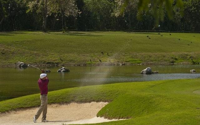 Hotel Meliá Cozumel Golf All Inclusive, a metros de un campo de golf