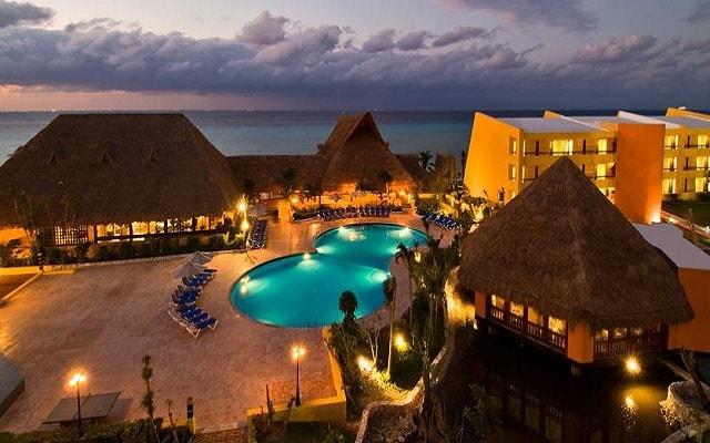 Hotel Meliá Cozumel Golf All Inclusive, hermosa vista nocturna