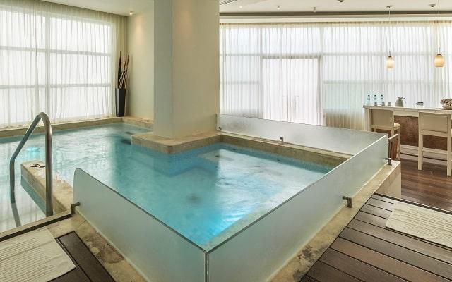 Hotel Melody Maker Cancún, dispone de servicios de Spa con costo adicional