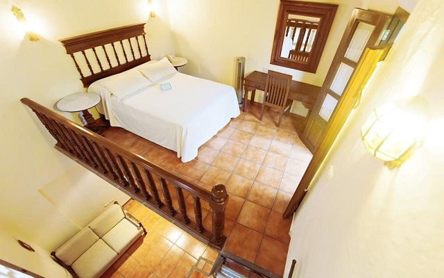 Hotel Mesón del Alférez Coatepec, luminosas habitaciones