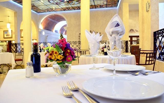 Hotel Misión Arcángel Puebla, prueba los tradicionales platillos de la cocina poblana