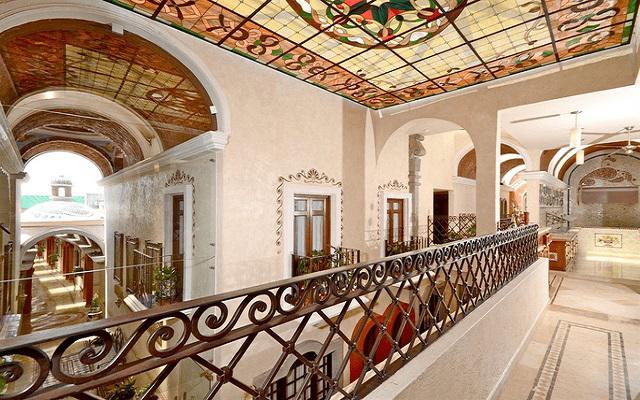 Hotel Misión Arcángel Puebla, infraestructura con el tradicional diseño poblano