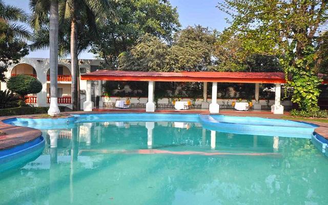 Hotel Misión Ciudad Valles, disfruta de su alberca al aire libre