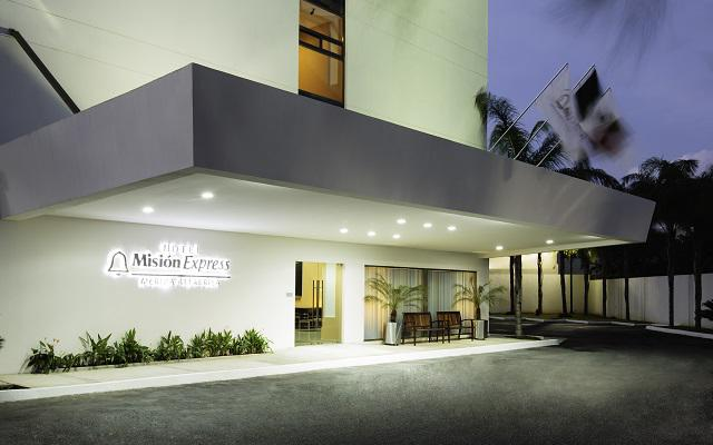 Hotel Misión Express Mérida Altabrisa, localizado al norte de la ciudad