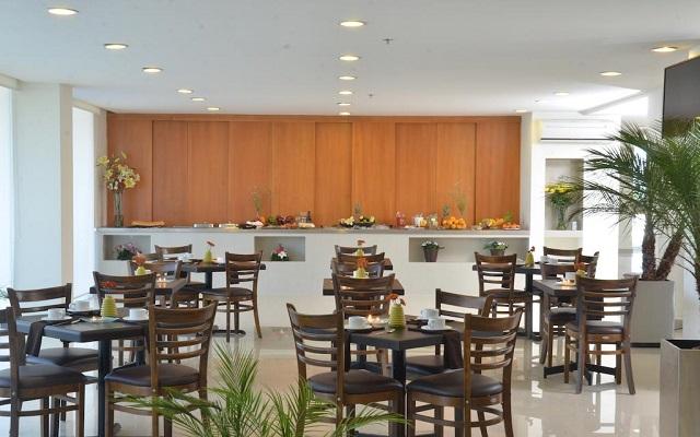 Hotel Misión Express Monterrey Aeropuerto La Fe, disfruta su rica propuesta gastronómica