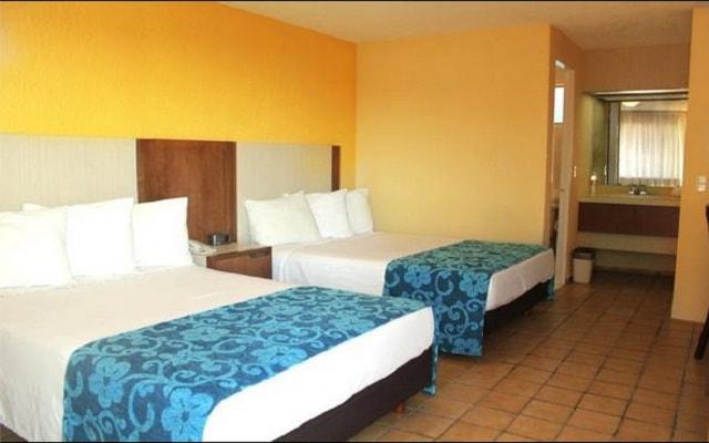 Hotel Misión Express Saltillo, habitaciones bien equipadas