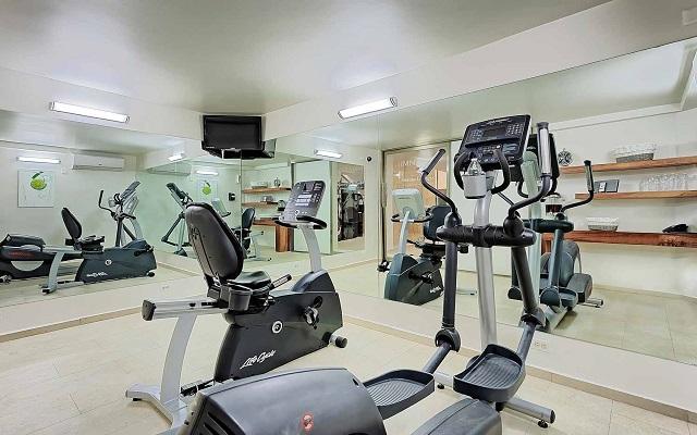 Hotel Misión Express Villahermosa, gimnasio bien equipado