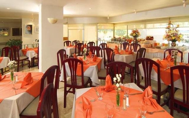 Hotel Misión Express Zona Rosa, Restaurante Jardín
