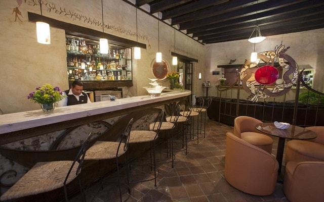 Hotel Misión Grand San Cristóbal de las Casas, disfruta de una bebida en el bar
