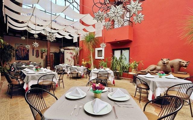 Hotel Misión Grand San Cristóbal de las Casas, disfruta tus alimentos en el restaurante
