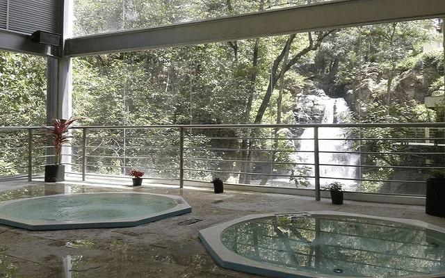 Hotel Misión Grand Valle de Bravo, relájate en sus jacuzzis
