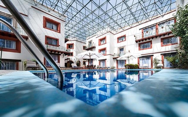Hotel Misión Guanajuato, disfruta de su alberca con todas las amenidades