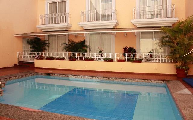 Hotel Misión Orizaba, relájate en la alberca