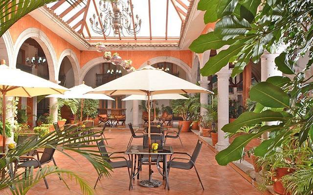 Hotel Misión Pátzcuaro Centro Histórico, sitio ideal para disfrutar tus alimentos