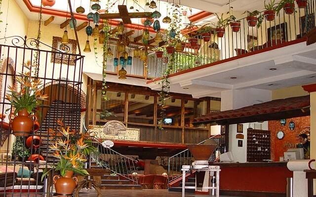 Hotel Misión Xalapa Plaza de las Convenciones, lobby