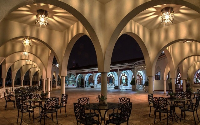 Hotel Mocambo, arquitectura colonial