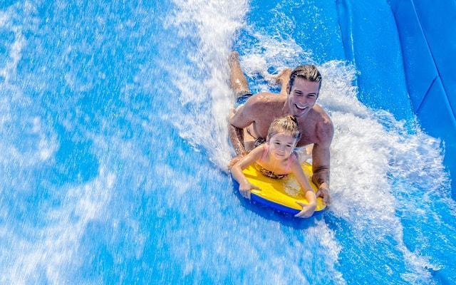 Hotel Moon Palace Cancún, diviértete practicando surf
